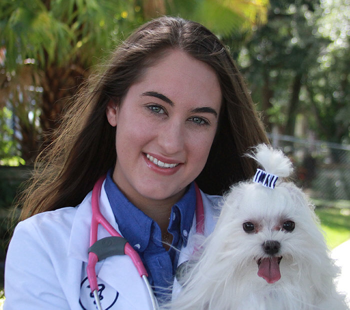 Michelle Bellville, Veterinarian in Winter Park